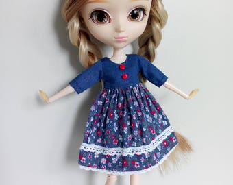 Cute flowers pattern dress for pullip blythe azone momoko obitsu and similar dolls
