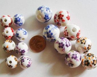 10 Perles Rondes Porcelaine fond Blanc Fleurs Bleu Marron Rouge ou Violet dia 6 à 16mm DIY création bijoux