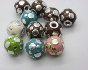 6 beads Indonesia 15 mm made by hand hole 2.5 mm mixed color