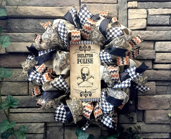 Halloween Wreath, Burlap Wreath, Skeleton Wreath, Skull Wreath, Halloween Decor, Halloween Decorations, Vintage Halloween Wreath, Halloween