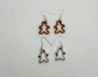 Miniature gingerbread men cookie cutter earrings  (HER006)