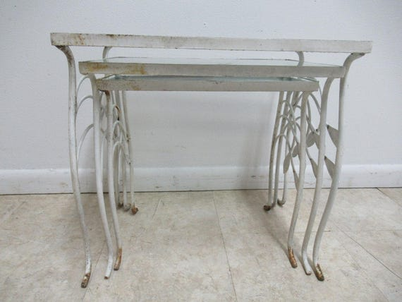 Vintage Iron Outdoor Patio Woodard Stacking Nesting Side End Tables 3pc White