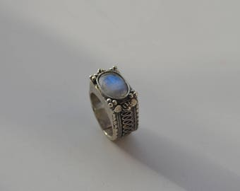 Silver filigree moonstone signet ring