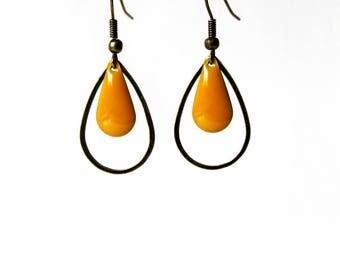 Earrings enameled Sequin mustard ° ° ° ring bronze