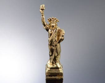 14k 3D Statue of Liberty New York City America Charm/Pendant Gold