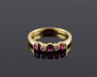 18k 0.55 CTW Ruby Diamond Wedding Band Ring Gold