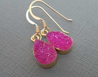 Hot Pink Druzy Earrings/ Druzy Sparkly Gold edge Pear Druzy Earrings / Small Fuchsia Gold edge Pear Drusy Gold Hot Pink Earrings//GE13