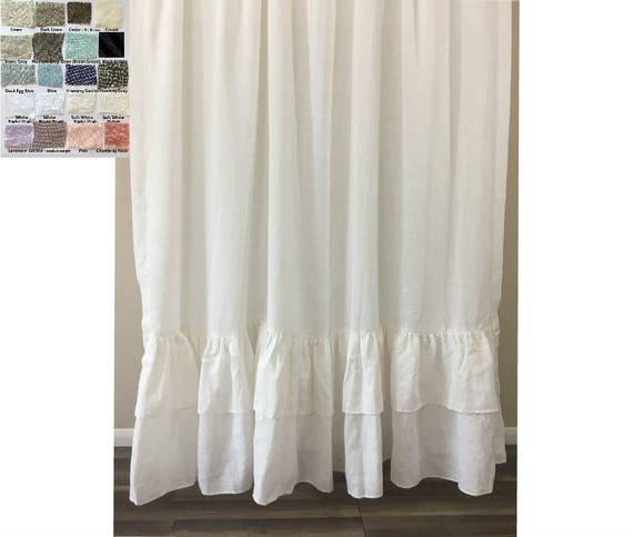 Une paire de rideaux en lin de doubles rang es de sir ne - Double rideaux en lin ...
