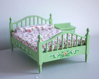 Clearance Sale__1:12 Dollhouse Bedroom set of 2