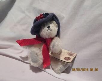Boyds Bears Dolly M. Bearington