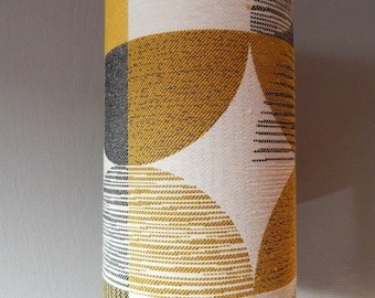Table Scandinavian style in shades of yellow lamp