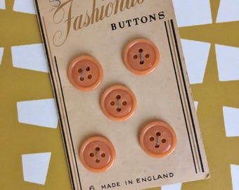 Splendid Vintage pertty peachy carded Buttons. Sewing. Dressmaking. Retro