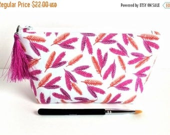 Small Makeup Bag - Make Up Bag - Gift For Her - Feather Pouch - Feather Makeup Bag - Small Cosmetic Bag - Makeup Pouch