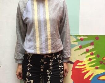 vintage 90's women Sweatshirt