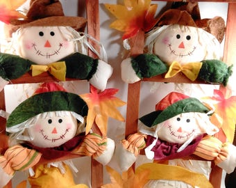 A set Of 2 Fall Home Decoration/3 Scarecrows Looking Through Each Ladder/New/Colorful