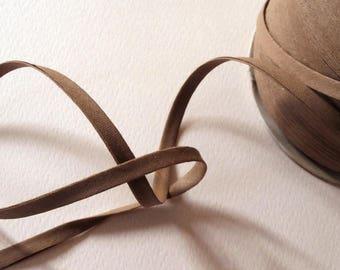 Bias 6 mm, 3 ply - Brown pattern