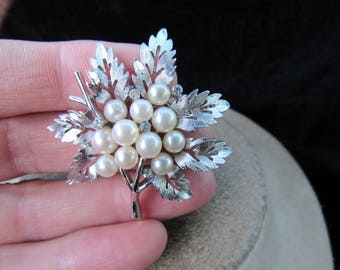 Vintage Signed Crown Trifari Faux Pearl Rhinestone Floral Pin
