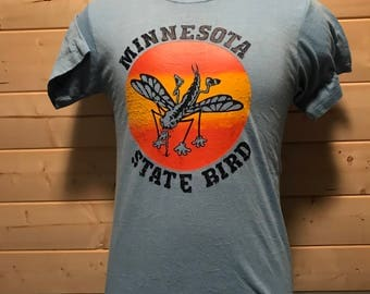 Vintage 1980's Minnesota State Bird Colorful Tourist T-Shirt 50/50