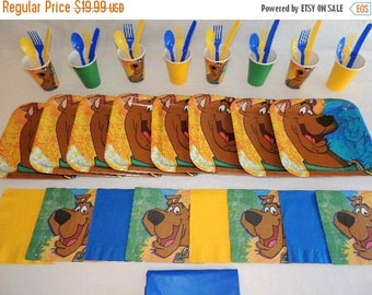 ON SALE Scooby Doo Tableware set for 8
