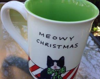 Meowy Christmas 16 oz mug Hoots n Howlers