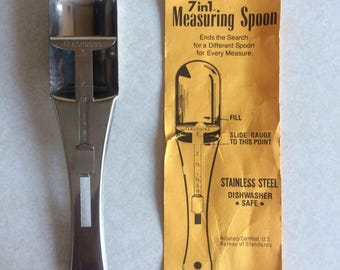 Seven in One Measuring Spoon