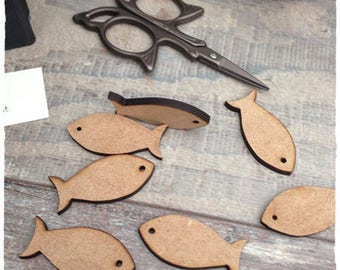 Set of 10 fish raw wood with engraving height 1.5 cm thickness 3 mm