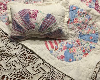 White Dresden Quilt Layer/ Newborn Girl Photo Prop Quilt/ Cutter Quilt Piece
