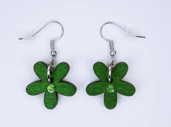 Earrings flowers in green with green rhinestones on silver-colored earrings pendant earrings Oktoberfest wood Flower Frühlungsschmuck