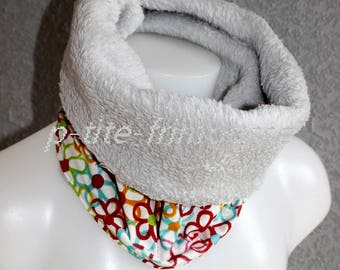 Snood or neck lined fleece scarf.