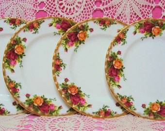 4 Beautiful Vintage Gilded Royal Albert OLD COUNTRY ROSES Salad Plates.