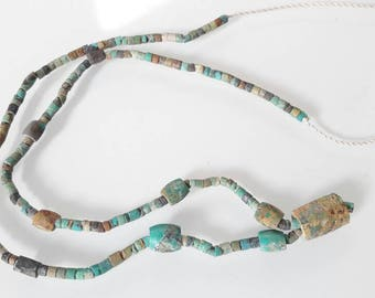 Set of 185 old turquoise beads from Afghanistan n4