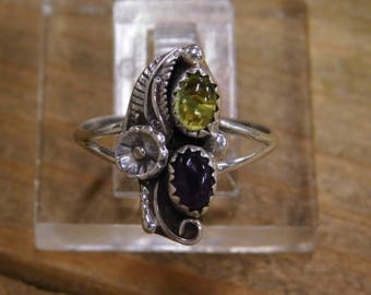 Vintage Sterling Silver Peridot and Amethyst Ring Size 9.75