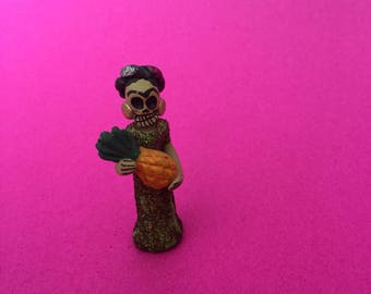 Mini Frida Kahlo Catrina with Piña (Pineapple) // Day of the Dead Decoration // Dia de los Muertos Miniatures for Alta