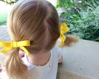 Annie Bow - basic primary school colors - baby bow - toddler bow - hair bow