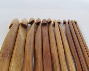12 Crochet bambou à crocheter en bambou, crochet de couleur foncée,  10 à 3mm - Longueur 15 cm - 1.10