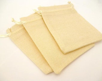 "Rustic Beige Fabric Gift bags _AT0025/988467_packaging /Bags _ Rustic beige of 10x14 cm / 3,93 "" x 5,51 "" _ pack 3 pcs"
