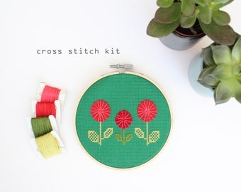Red Spring Flowers - Easy DIY cross stitch kit - Beginners cross stitch kit