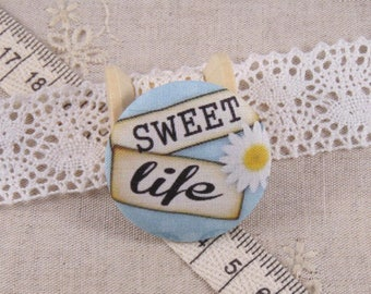 x 1 22mm button sweet life ref A14 fabric