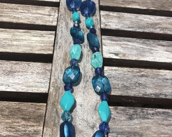 Wet n Wild ... beaded necklace/ blue and turquoise bead necklace
