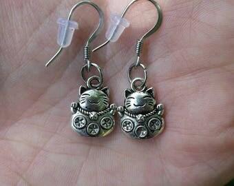 Maneki-neko earrings Waving Chinese Cat Lucky cat Sterling silver hooks