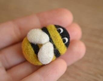 Needle Felted Bee Brooch - Handmade Cute Gift