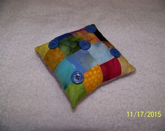 9 patch pin cushion