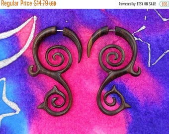 on sale Two Spirals Fake Gauges Earrings - Brown Wood - Free Shipping