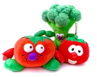 Vintage Fisher Price Veggie Tales 90s Plush Toy Lot Tomato Stuffed Animal And Toy Box Vegetables Charles Broccoli New With Tags 1990s NWT