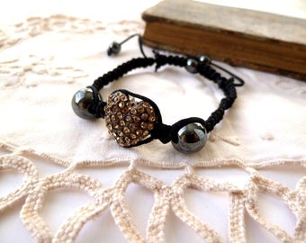 "Shamballa ""heart"" Golden black thread"