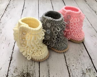BABY . adorable . Looped Bootie