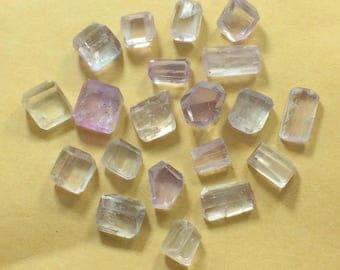 23 Pieces Kunzite Beads Un Drilled Size====12x10x8mm to 16x10x8mm