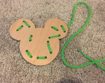 Wooden Lacing Card - Mickey