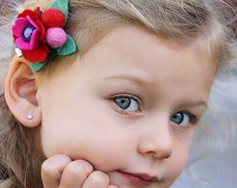 Felt flower Clip // Red Pink Girls Hair Clip // Woodland Garden Poppy Hair Clip // Ombre Red Pink // Floral Hair Clip // kikiandbee