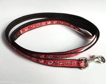 Red & Black Paisley Leash - Small